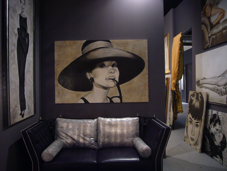 Un affresco di Audrey Hepburn di Mariani Affreschi ad Abitare il Tempo 2009