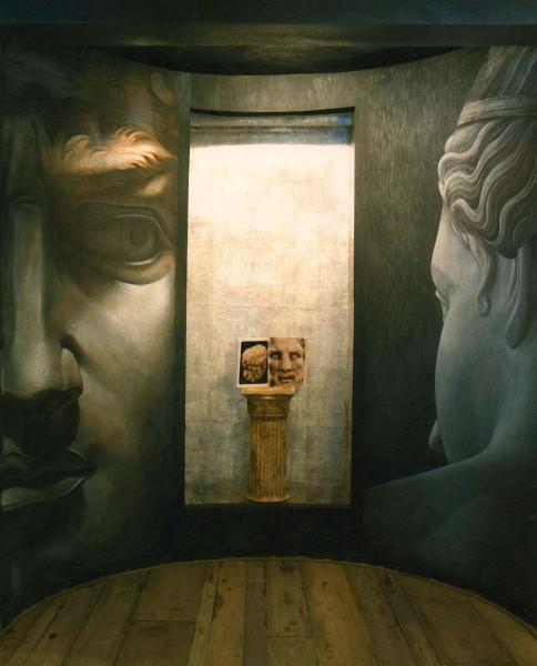 Lo sguardo tra un uomo e una donna, un'opera di grandissima intensità emotiva e spirituale della nuova collezione Mariani