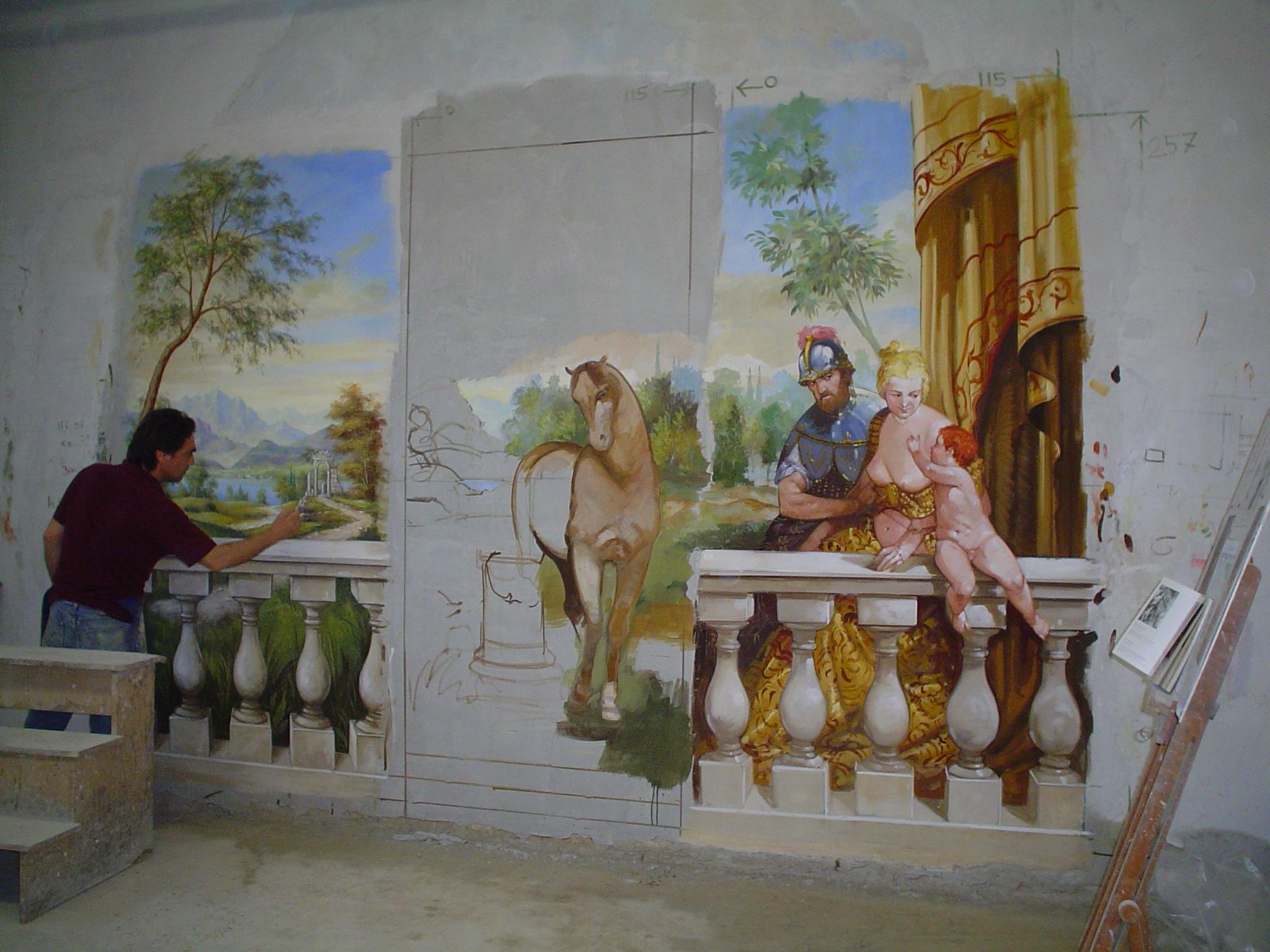 Questa prima immagine raffigura una fase dell'esecuzione degli affreschi per l'azienda Salionti direttamente nel laboratorio di Mariani Affreschi a Brescia