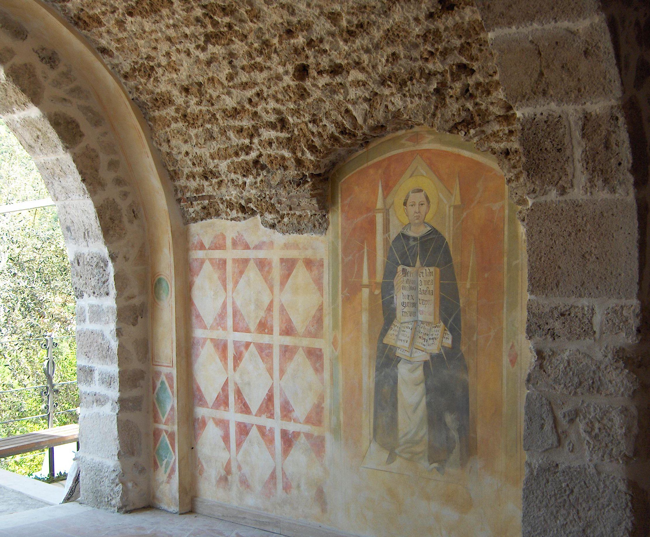 Alcuni interventi ad affresco firmati Mariani nella splendida Locanda del Castello a Roccasecca