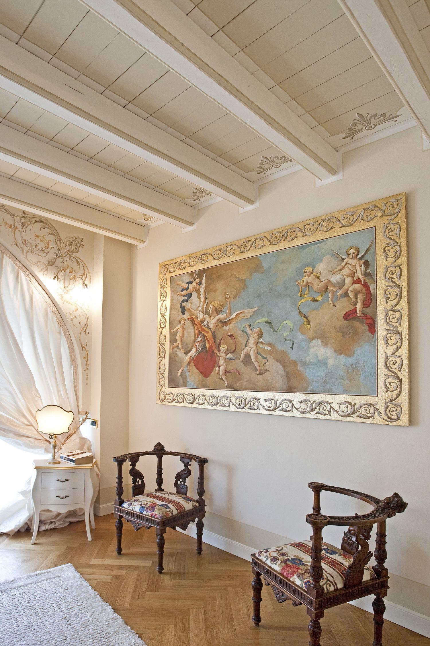 Uno splendido esempio di un affresco appeso alla parete firmato Mariani Affreschi