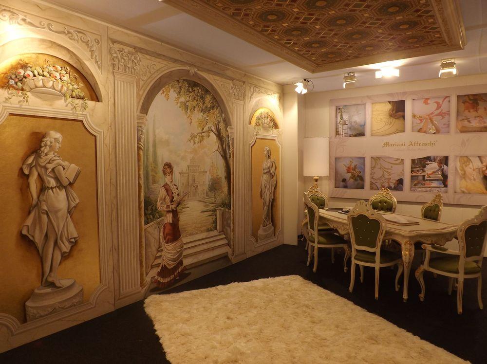 La meravigliosa scenografia ad affresco nello stand di Mariani Affreschi al Salone del Mobile 2013