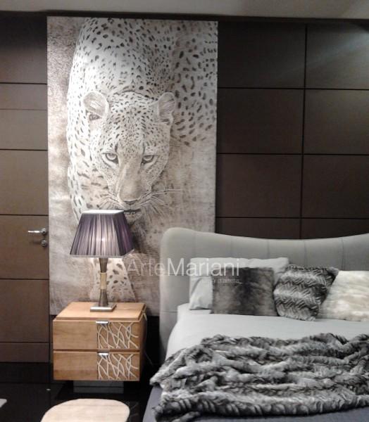 Il passo del leopardo, un'opera della collezione ArteMariani in versione foglia argento