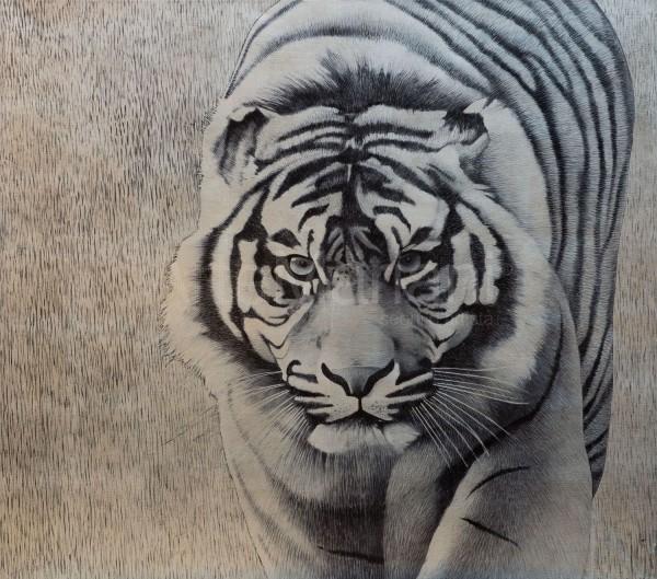 Le figure animali possono essere un'idea d'interni per la zona living. La personalità dell'animale, in questo caso la tigre, crea un'atmosfera particolare nello spazio