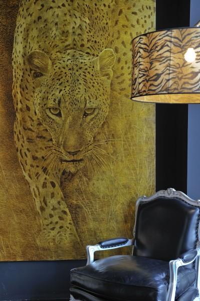 Lo sguardo del leopardo in un affresco firmato Mariani. Suggestioni ed emozioni nella tua casa