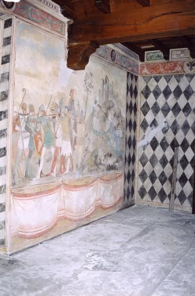 Siamo nel Castello di Montalfeo a Pavia. L'intervento in stile medievale firmata Mariani