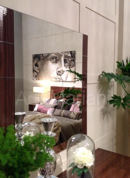 """Riflesso nello specchio, """"David"""" by ArteMariani. Esposizione di Alf Italia Arredamenti al Salone del Mobile"""