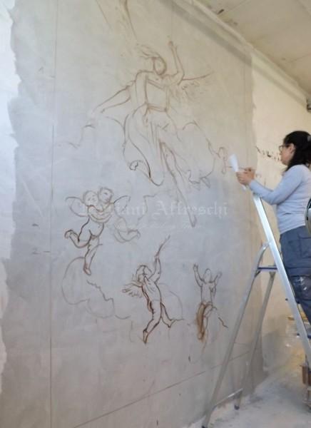 Il soggetto ispirato al Tiepolo è una scena religiosa che ben si integra nel luogo di culto