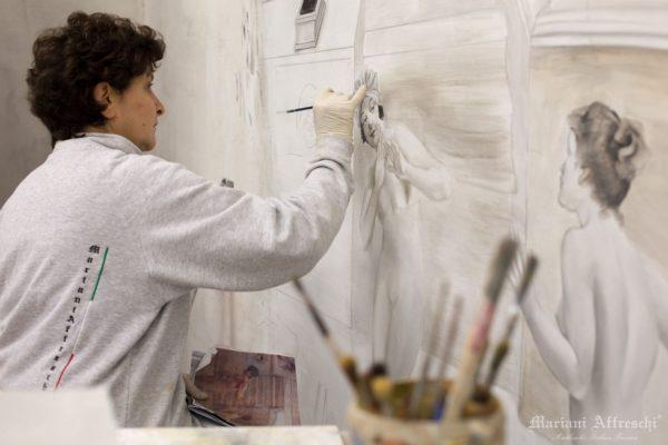 Завершающие мазки, для придания законченности деталям фрески, выполненной по индивидуальному проекту