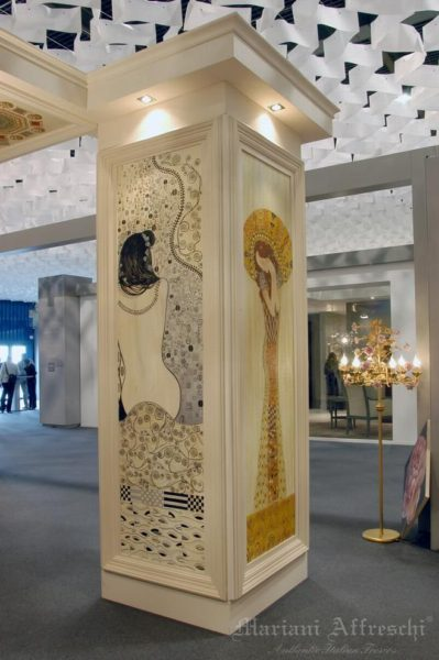 An important architectural element – like a column – can be embellished with decorative motifs inspired by great artists or highly customised with themes on request