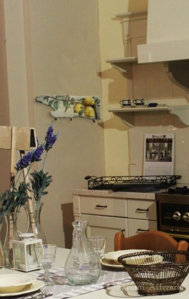 The Art-Hangers are a Mariani Affreschi exclusive. Unique and functional objects to enhance any kitchen