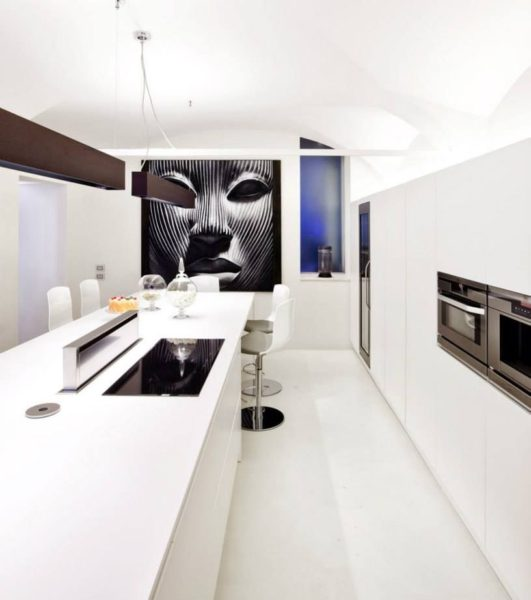 """The Prince"" is the feature of the customer's kitchen, a very large painting by ArteMariani painted entirely by hand"