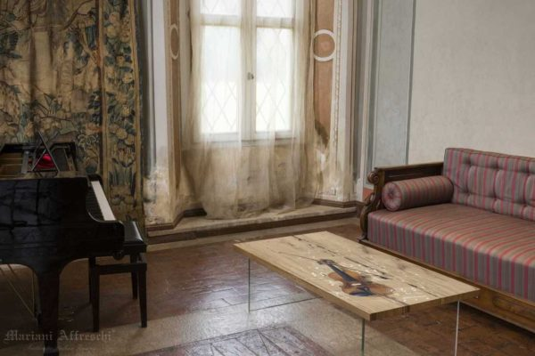 Art. T006 Parentesi di melodia-Collezione Tavoli d'Arte by Mariani Affreschi