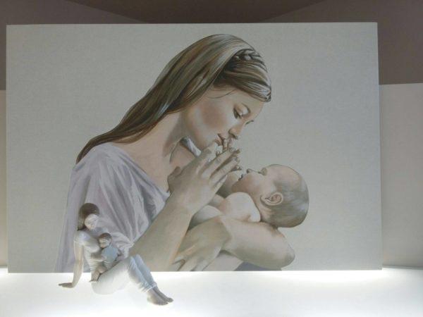 03-mamma con bambino da parete capoletti